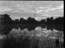 am Vago Weiher Hasselbald 6x4.5, Ilford Delta 400, Rodinal